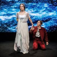 När dagen vänder, Stockholms Stadsteater/Strindbergs intima teater  regi Wilhelm Carlsson